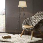 Pomysł na aranżację salonu z wykorzystaniem betonu dekoracyjnego